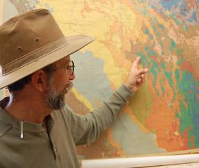 Doktor Phil Rosen vid Universitetet i Arizonas School of natural     rescources